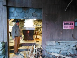 maple sugaring 13